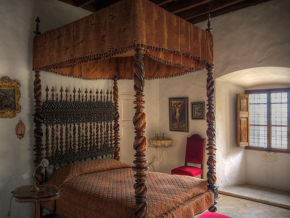 Die Gründerzeitmöbel sind sehr beliebt